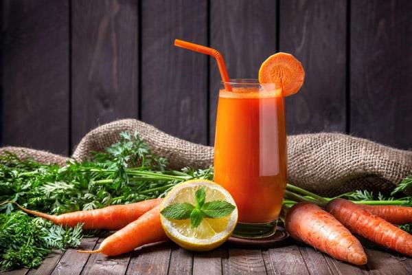 Nước ép cà rốt thơm ngon bổ dưỡng